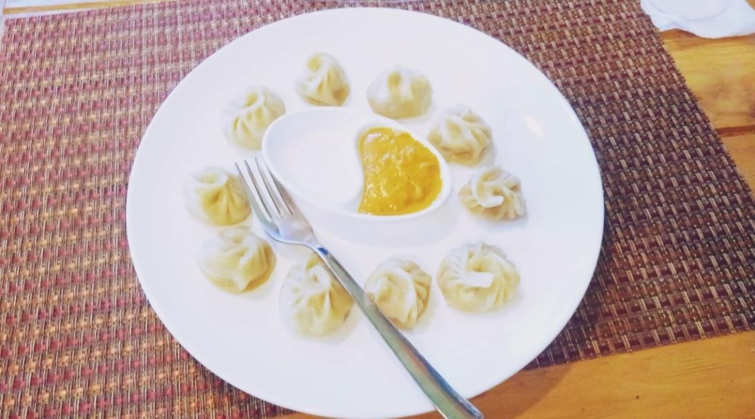 ネパールの餃子モモ